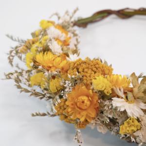 couronne fleurs séchées jaune